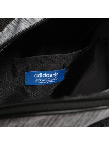 adidas originals Rucksack Classic Casual in grau Echt Günstig Online Empfehlen Wie Viel Online Eastbay Zum Verkauf Niedriger Preis Versandgebühr Wzmw4vM
