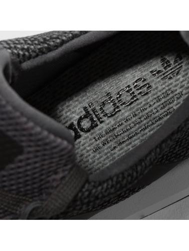 adidas originals Herren Sneaker Swift Run in grau