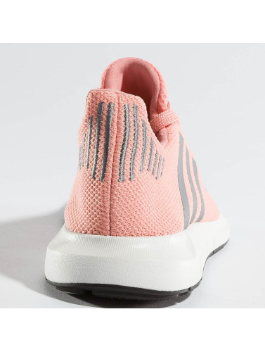 adidas originals Damen Sneaker Swift Run in pink