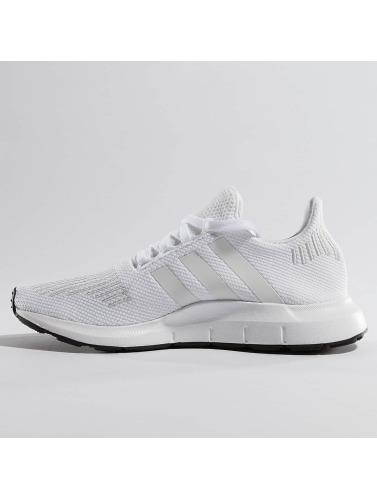 adidas originals Herren Sneaker Swift Run in weiß