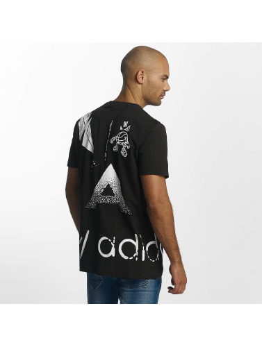 adidas originals Herren T-Shirt Off Placement in schwarz