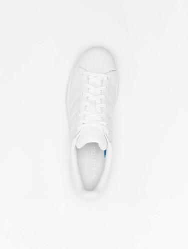 adidas originals Zapatillas de deporte Superstar Founda in blanco