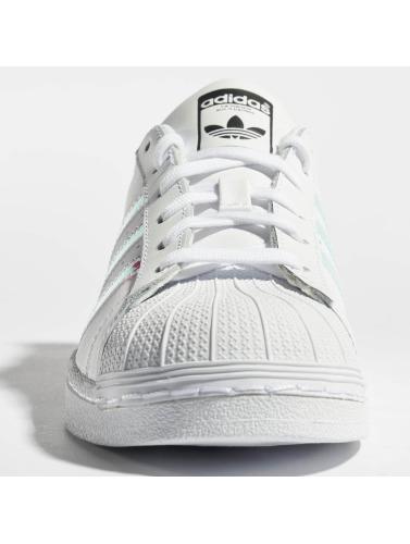 adidas originals Zapatillas de deporte Superstar in blanco