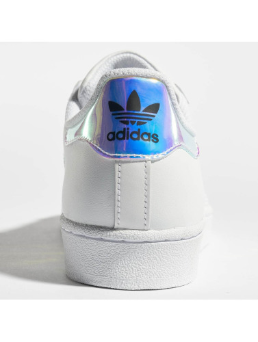 adidas originals Zapatillas de deporte Superstar in blanco