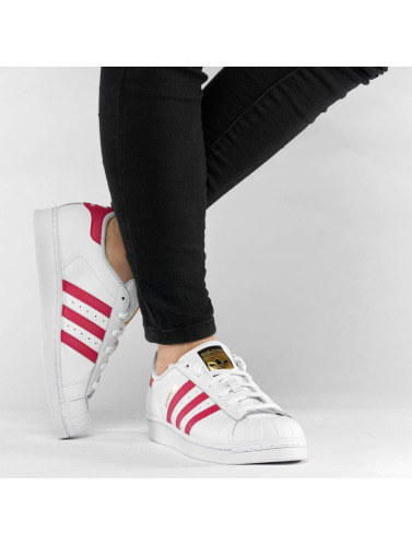 adidas originals Mujeres Zapatillas de deporte Superstar Founda in blanco