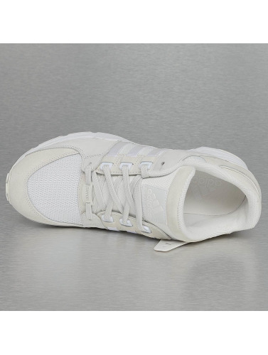 adidas originals Hombres Zapatillas de deporte Equipment in blanco