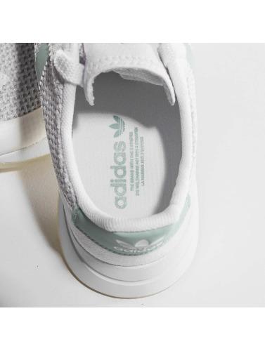adidas originals Mujeres Zapatillas de deporte FLB W in blanco