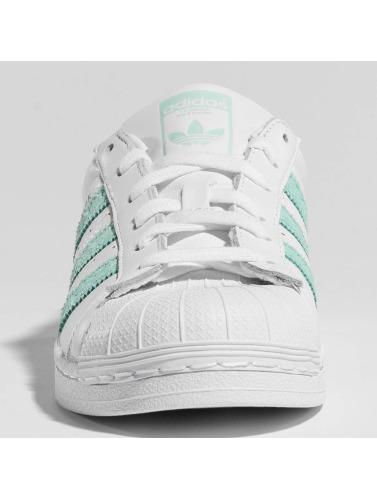 adidas originals Mujeres Zapatillas de deporte Superstar in blanco