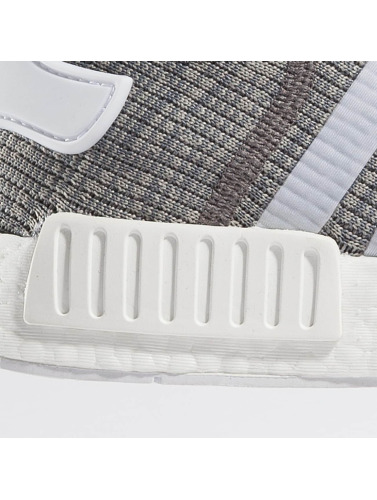 adidas originals Zapatillas de deporte NMD R1 in gris