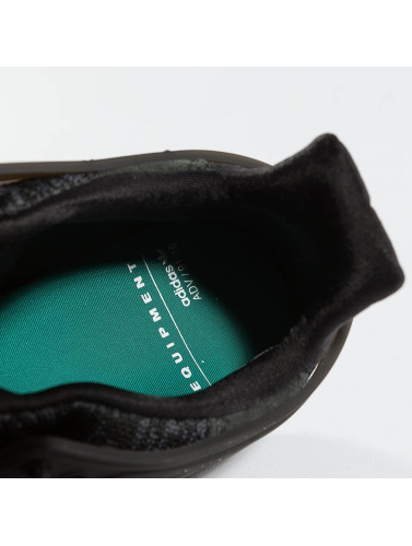 adidas originals Hombres Zapatillas de deporte EQT Support ADV in negro