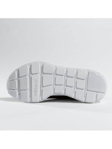 adidas originals Mujeres Zapatillas de deporte Swift Run in negro