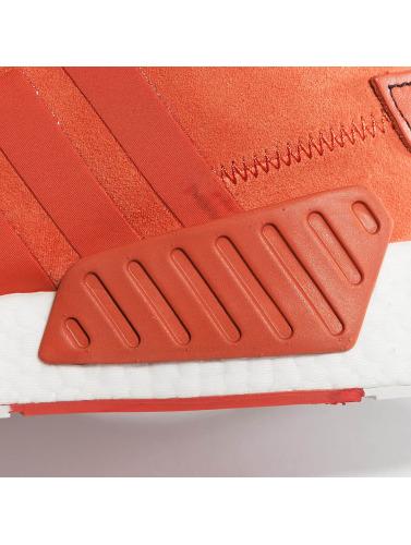 adidas originals Hombres Zapatillas de deporte NMD_R2 in rojo