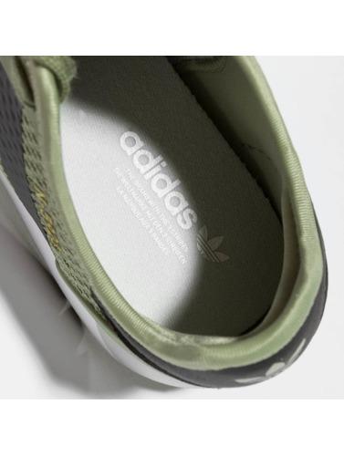 adidas originals Mujeres Zapatillas de deporte Iniki Runner CLS in verde