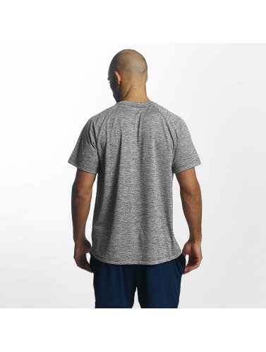 Adidas Performance Hombres Camiseta D2m Heathered I Gris falske for salg rabatt mange typer nyeste rabatt salg 2015 nye Red pre-ordre Eastbay GTJ4kLFX