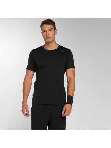 adidas Performance Hombres Camiseta Freelift Fit Cl in negro