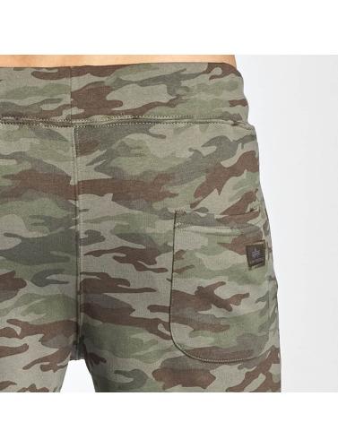 Alpha Industries Herren Shorts X-Fit Cargo in camouflage