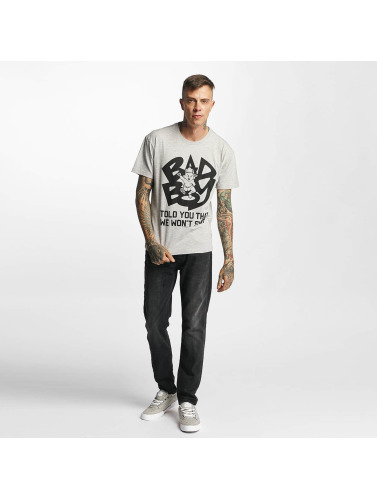 Amplified Hombres Camiseta Bad Boy - Told You That We Wont Stop in gris