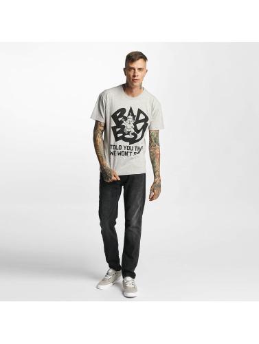 Forsterkede Hombres Camiseta Bad Boy - Fortalte Deg At Vi Vil Ikke Stoppe I Gris kjøpe online outlet gratis frakt salg billig ebay xSmp6SsYd