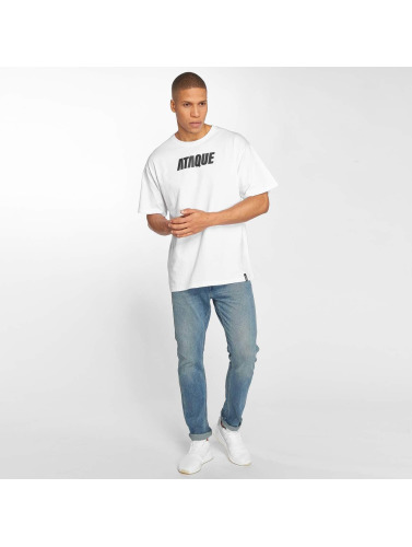 Ataque Hombres Camiseta Leon in blanco