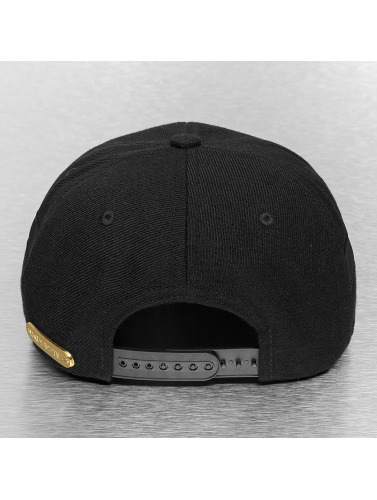 Bangastic Snapback Cap Black On Black in schwarz