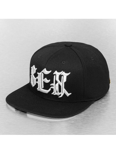 Bangastic Snapback Cap Letters in schwarz