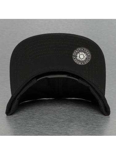 Bangastic Snapback Cap Square in schwarz