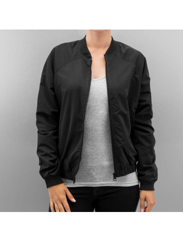 Bench Damen Bomberjacke Solution in schwarz