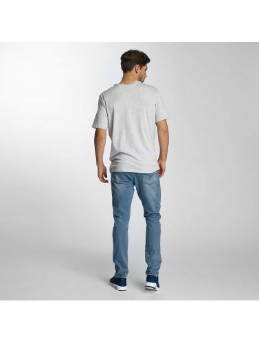 Bench Hombres Camiseta Corp in gris