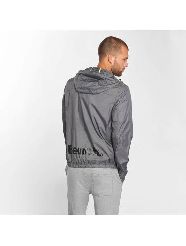 Bench Hombres Chaqueta de entretiempo Life in gris