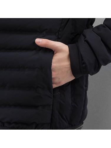 Bench Hombres Chaqueta de invierno Madison in negro
