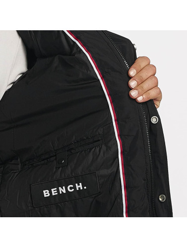 Bench Hombres Chaqueta de invierno Nomens in negro