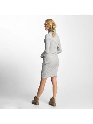 Bench Damen Kleid Slim Funnel in grau
