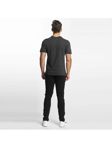 Bench Herren T-Shirt Logo in grau Günstig Kaufen 2018 Rabatte Online Bester Preiswerter Großhandelspreis 54oR7FoH