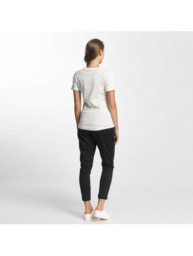 Bench Damen T-Shirt Core Logo in weiß