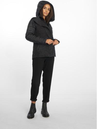 Bench Damen Übergangsjacke Asymmetric in schwarz
