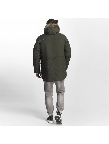 Bench Herren Winterjacke Nomens in olive