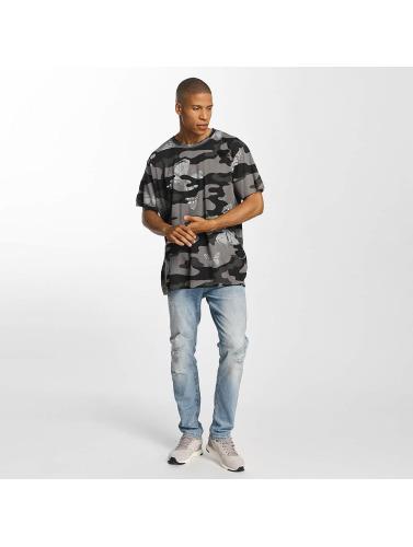 Brave Soul Hombres Camiseta Soft Printed All Over in camuflaje