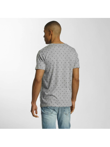 Brave Soul Hombres Camiseta All Over Spider Print in gris