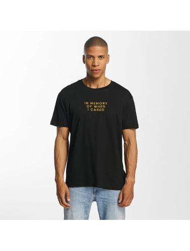 Brave Soul Hombres Camiseta Back in negro