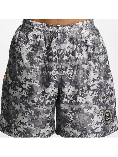 CHABOS IIVII Herren Shorts Camo in camouflage