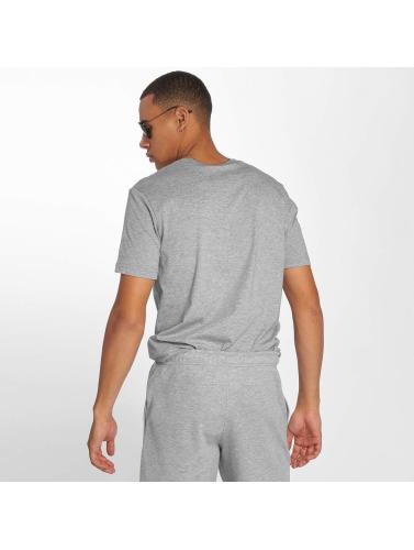 Champion Athletics Hombres Camiseta Authentic Athletic Apparel in gris
