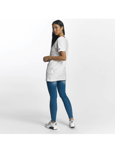 Champion Damen T-Shirt <small>  Champion </small> <br />  Logo T-Shirt in weiß