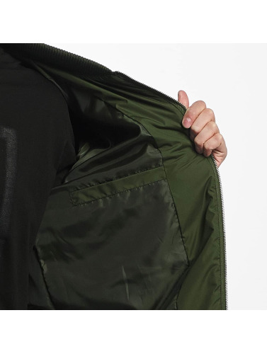 Cyprime Hombres Cazadora bomber Quilted Bomber in oliva