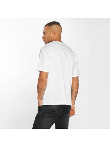 Dangerous DNGRS Hombres Camiseta Race City Carparts in blanco