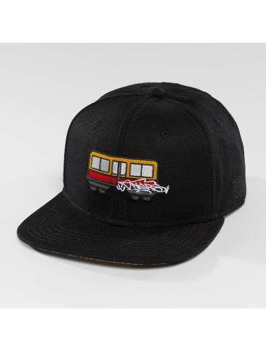 Dangerous DNGRS Snapback Cap Trainz in schwarz