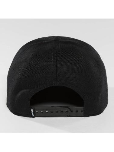 Dangerous DNGRS Snapback Cap Topping in schwarz