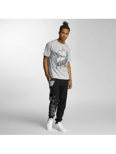 Dangerous DNGRS Herren T-Shirt Sneaker in grau