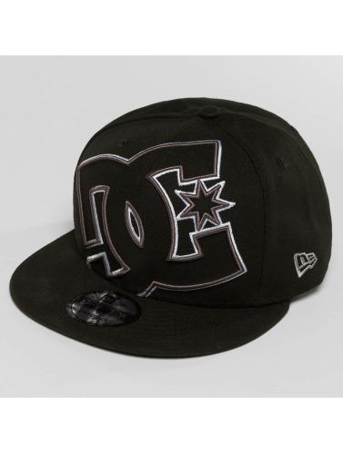 DC Snapback Cap Double Up in schwarz