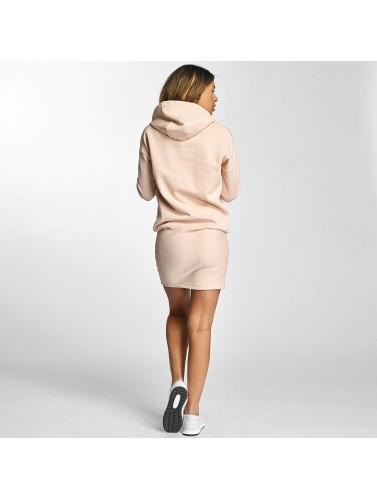 Def Women Dress In Pink Cropped