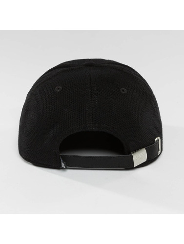 Djinns Snapback Cap 6 Panel Piki Leather in schwarz